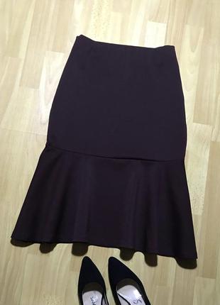В наличии - юбка-миди с воланом в винном оттенке *next* 16/44 р.