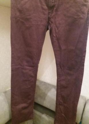 Мужские джинсы скини 34\34 цвет марсала