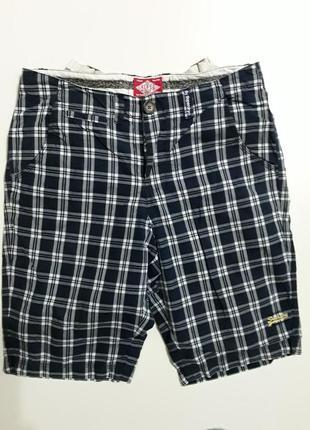 Фирменные легкие хлопковые шорты