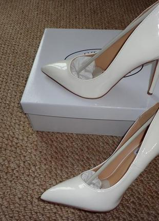 Женские туфли лодочки steve madden olena белая кожа