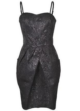 Идеальное маленькое черное супер-платье-бюстье до колена top s...