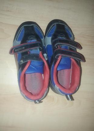 Мультяшные кроссовки mcqueen