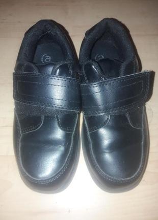 Новые туфельки на мальчика