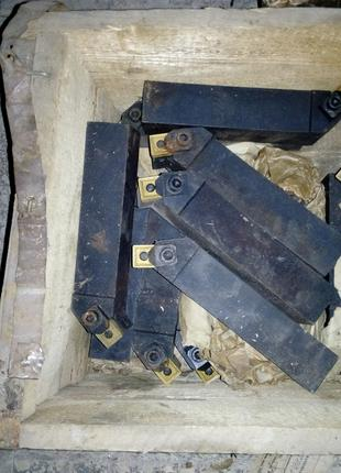Резец с мех. креплением MSSCR 4040 Р19 (40х40х200)