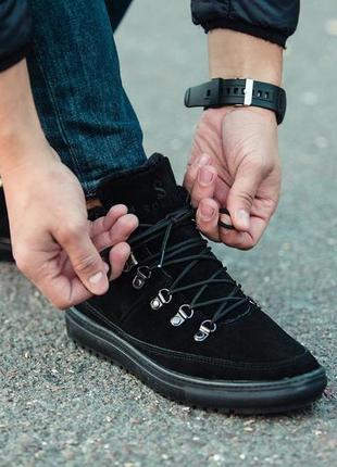 Мужские зимние ботинки south snake black, чёрные замшевые крос...