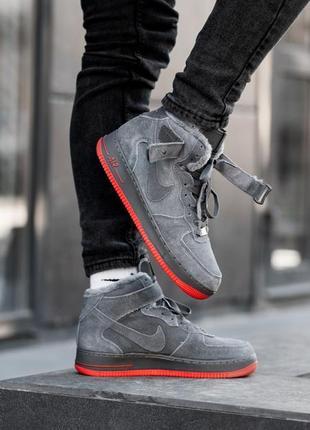 Зимние серые замшевые кроссовки nike air force hi grey red, на...