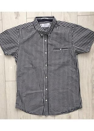 Літня рубашка, рубашка з коротким рукавом.