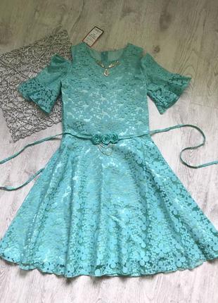 Стильное нарядное платье на рост 146-152см