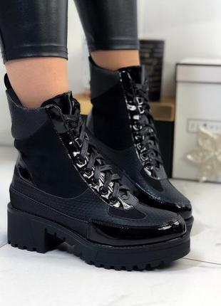 Ботинки женские на каблуке демисезонные