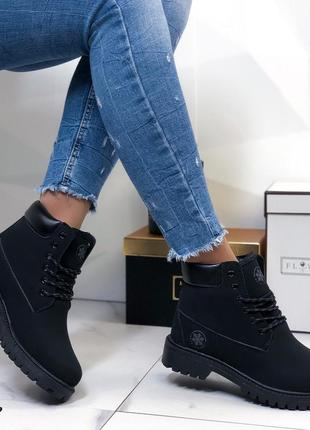 Ботинки женские черные зимние