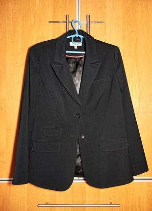 Женский черный пиджак от  tradition