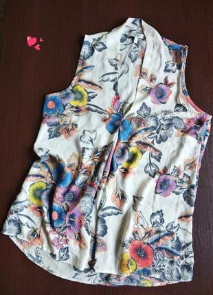 Красивейшая кофточка next , блуза в цветочный принт