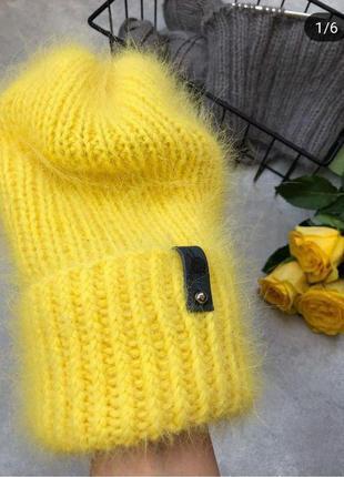 Пушистая желтая шапка бини кролик ангора