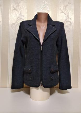 Теплый фирменный пиджак , кофта, на молнии, 100% шерсть,