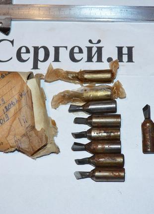 Резец расточной для КРС Ф12мм ВК6-М(СССР)