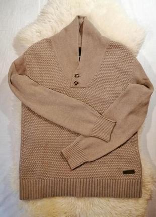 Теплый свитер revelation с шалевым воротником и деревянными пу...