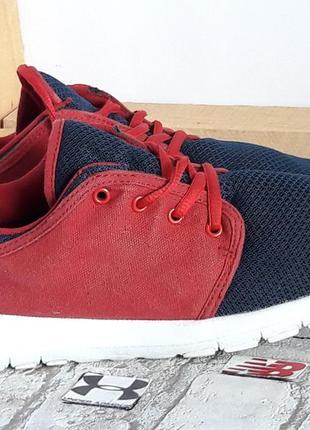Мужская обувь кроссовки 40