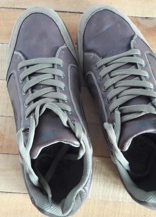 Мужская обувь кроссовки кеды