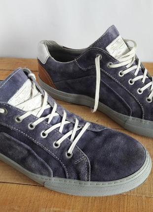Мужская обувь кеды кроссовки