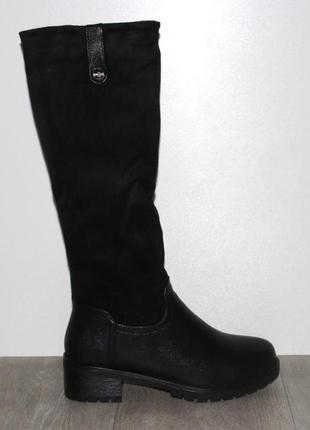 Женские зимние черные комбинированные сапоги низкий каблук
