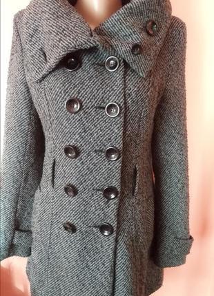Теплое зимнее пальто на девочку подростка, размер 10, m