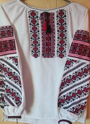 Блузка вышиванка 46-48 размер