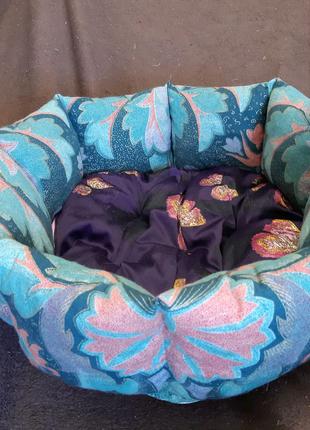 Лежанка лежак спальное место для кошек и собак размер 40×40×19см