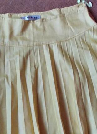 Ярко желтая женская юбка