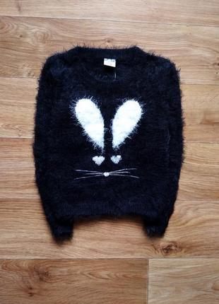 Свитер - травка с кроликом