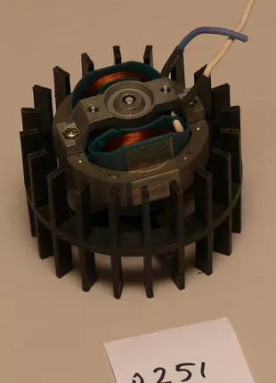 Мотор для масляного обогревателя.