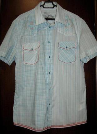 Фирменная очень легкая и стильная рубашка с вышивкой на спине ...
