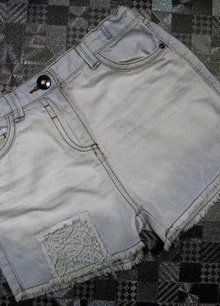 Джинсовые шорты tu с кружевом на девочку 8лет (128рост)