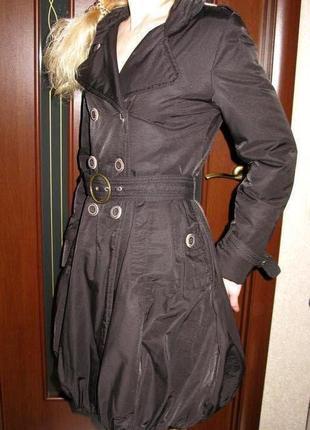 Легкий пуховик пальто charles anastase 36р.