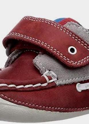 Кожаные кроссовки мокасины туфельки пинетки clarks first shoes...