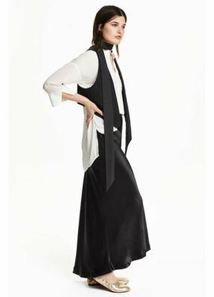 Нарядная юбка с небольшим шлейфом Н&m р.14 б/у в отличном состоян