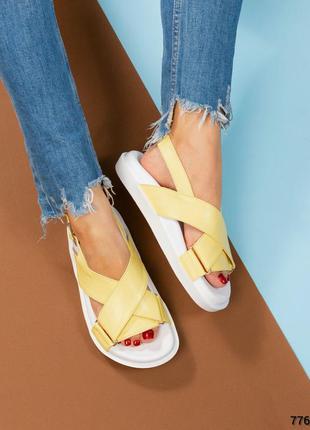 Кожаные лимонные сандалии натуральная кожа босоножки