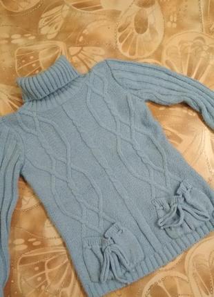 Теплый шерстяной свитер для девочки