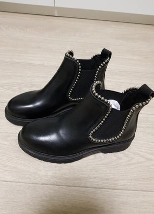 Кожанные ботинки с италии ovye