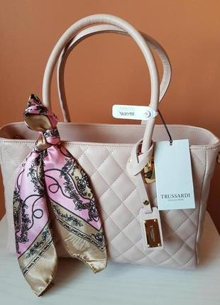 Trussardi collection бежевая кожаная сумка cortanze