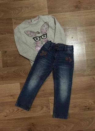 Классные джинсы с вышивкой от next для девочки 4-5 лет
