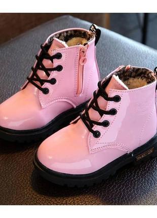 Лакированные ботинки с мехом dinimigi