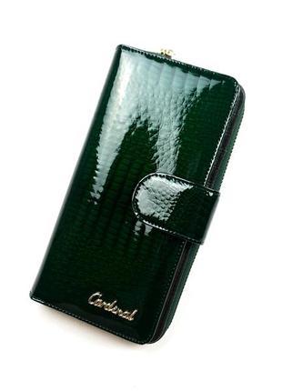 Зеленый женский кожаный кошелек