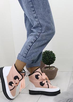 Новые шикарные женские зимние ботинки