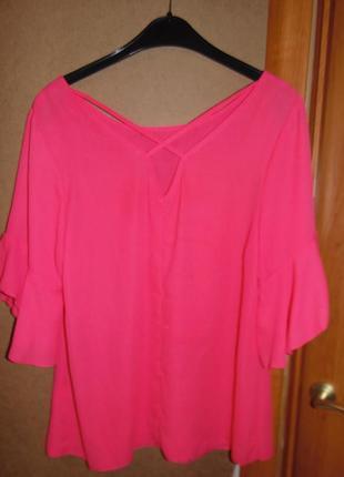 Красивейшая блуза с воланами и оригинальной спинкой