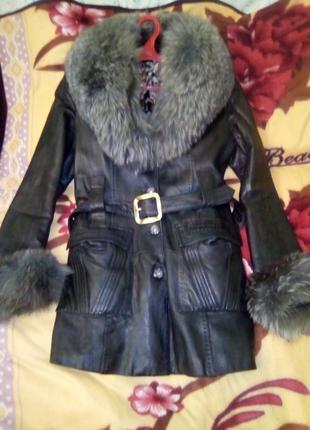 Пальто кожа 44 р