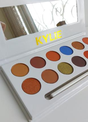 Тени Kylie 12 цветов + кисточка Палетка теней
