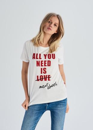 10-71 жіноча футболка sinsay з написом all you need is new sho...