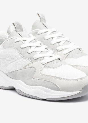 Новые кроссовки next