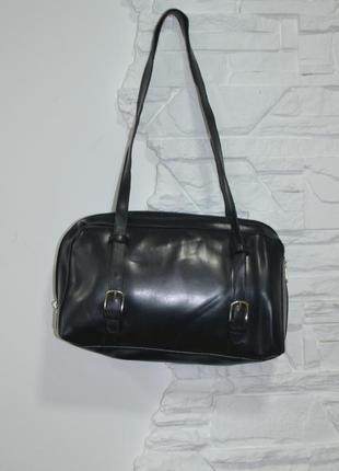 Классическая компактная черная сумка на 2 отделения