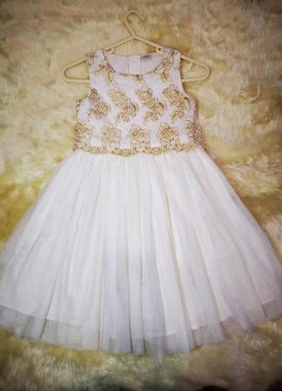 Невероятно красивое платье нарядное праздничное f&f 8-9лет